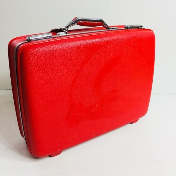 a67dd5b59 American Tourister Bags   Jad Suitcase Vintage Luggage   Poshmark
